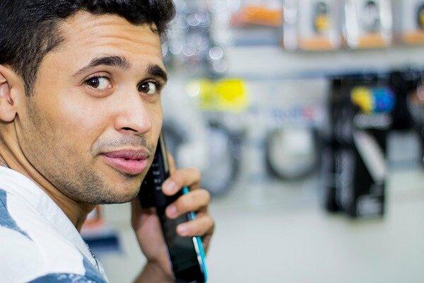 通話料が半額になる通話アプリや必要な時だけ高速通信に切り替えて節約!