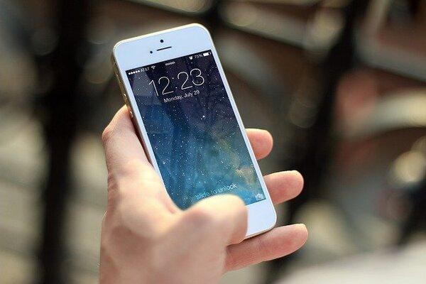 Wi-Fiがあれば余裕?iPhoneのAPN設定の手順は?